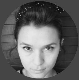 ויקה איליאשוב - מעצבת